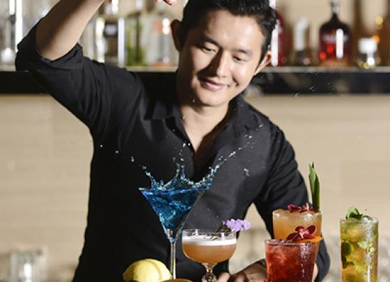 MEET THE MIXOLOGIST