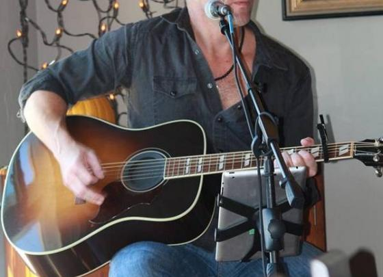 Live Music with Pete Lapp