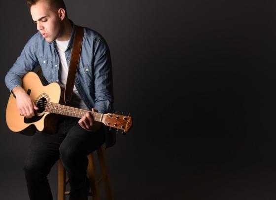 Live Music: Nick Barilla