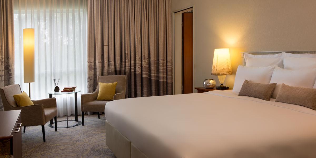 Renaissance Duesseldorf Hotel Discover Renaissance Hotels