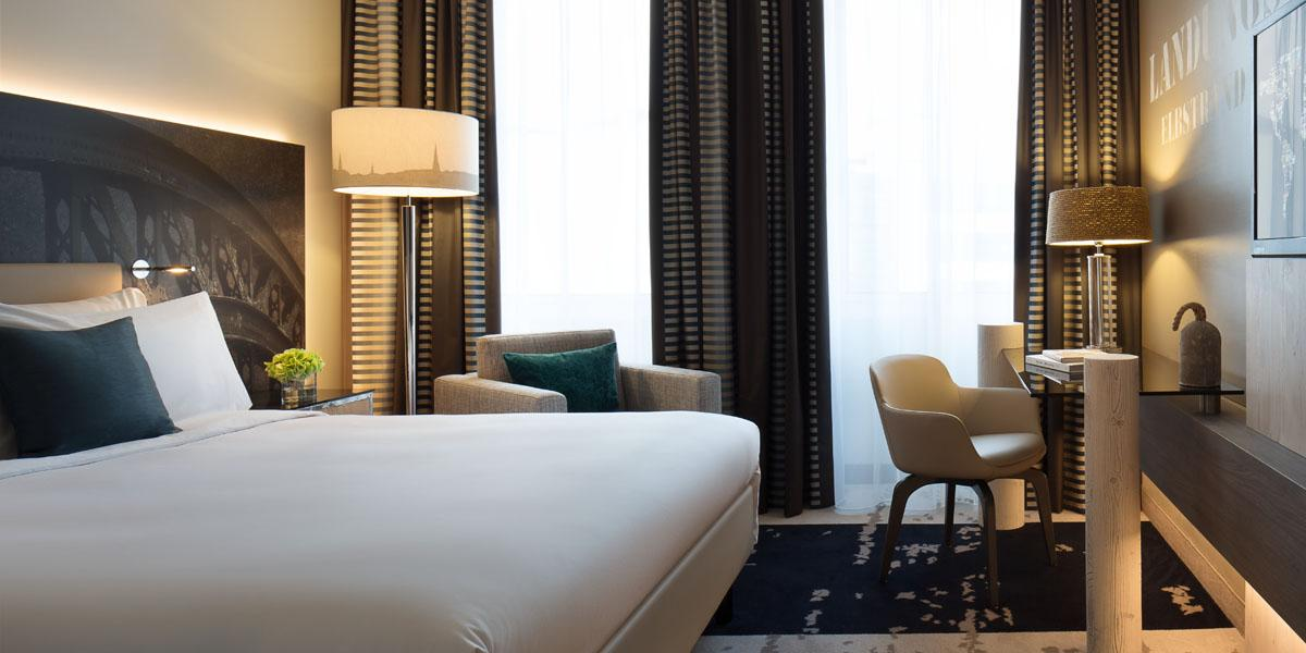 Renaissance hamburg hotel discover renaissance hotels for Hippes hotel hamburg