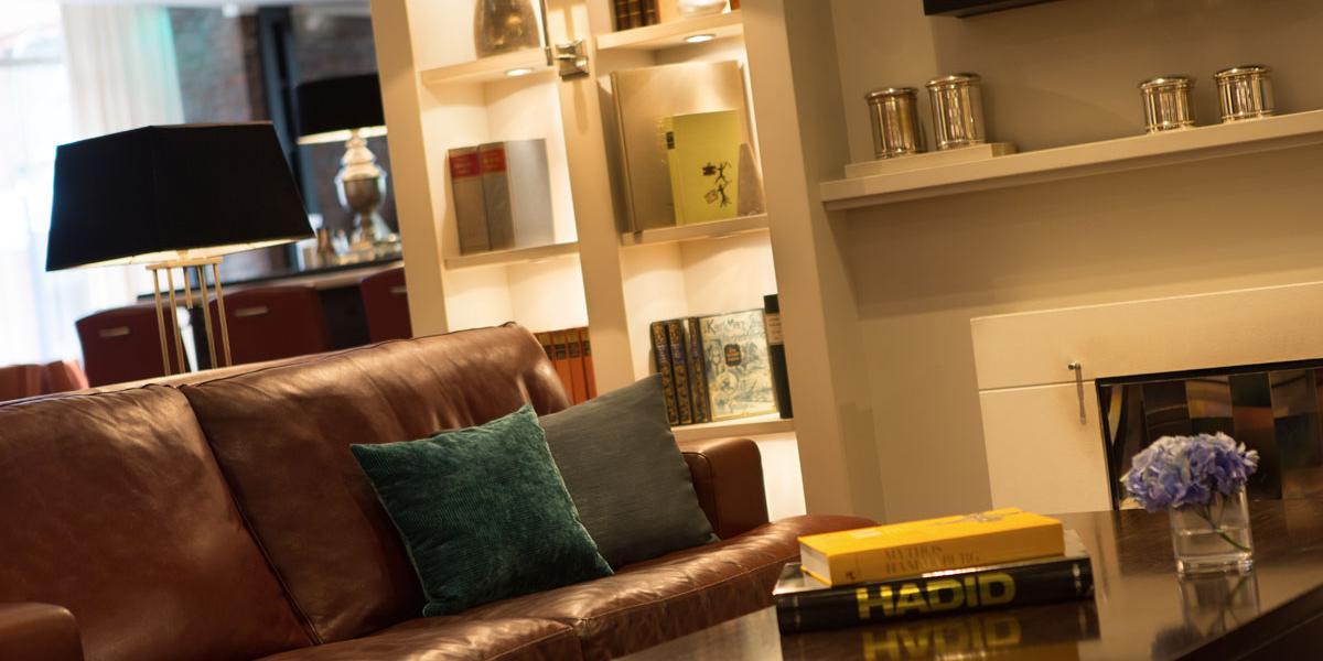Lounge Renaissance Hamburg Hotel Discover Renaissance