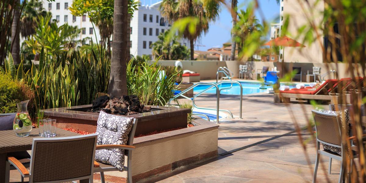 Renaissance Long Beach Hotel Discover