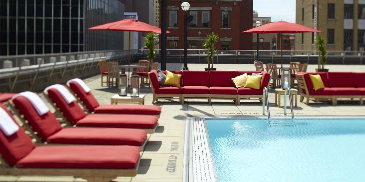 renaissance columbus downtown hotel discover renaissance. Black Bedroom Furniture Sets. Home Design Ideas