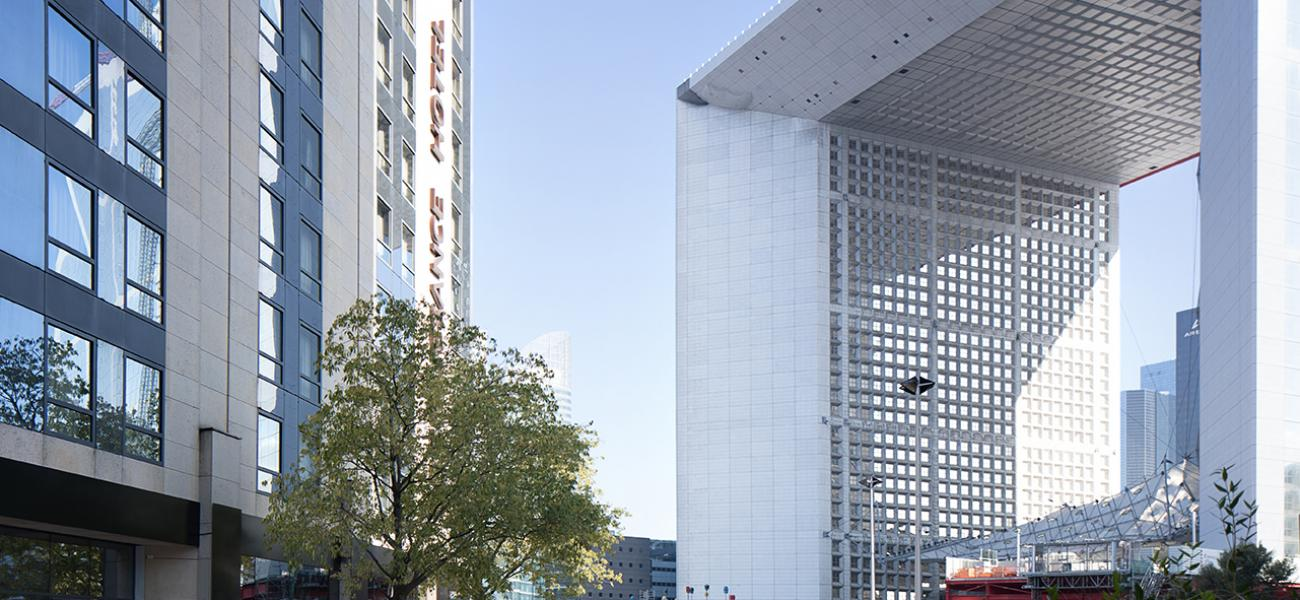 Renaissance paris la defense discover renaissance hotels for 60 jardin de valmy paris